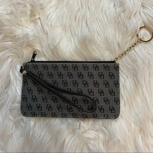 Dooney and Bourke wristlet with key ring